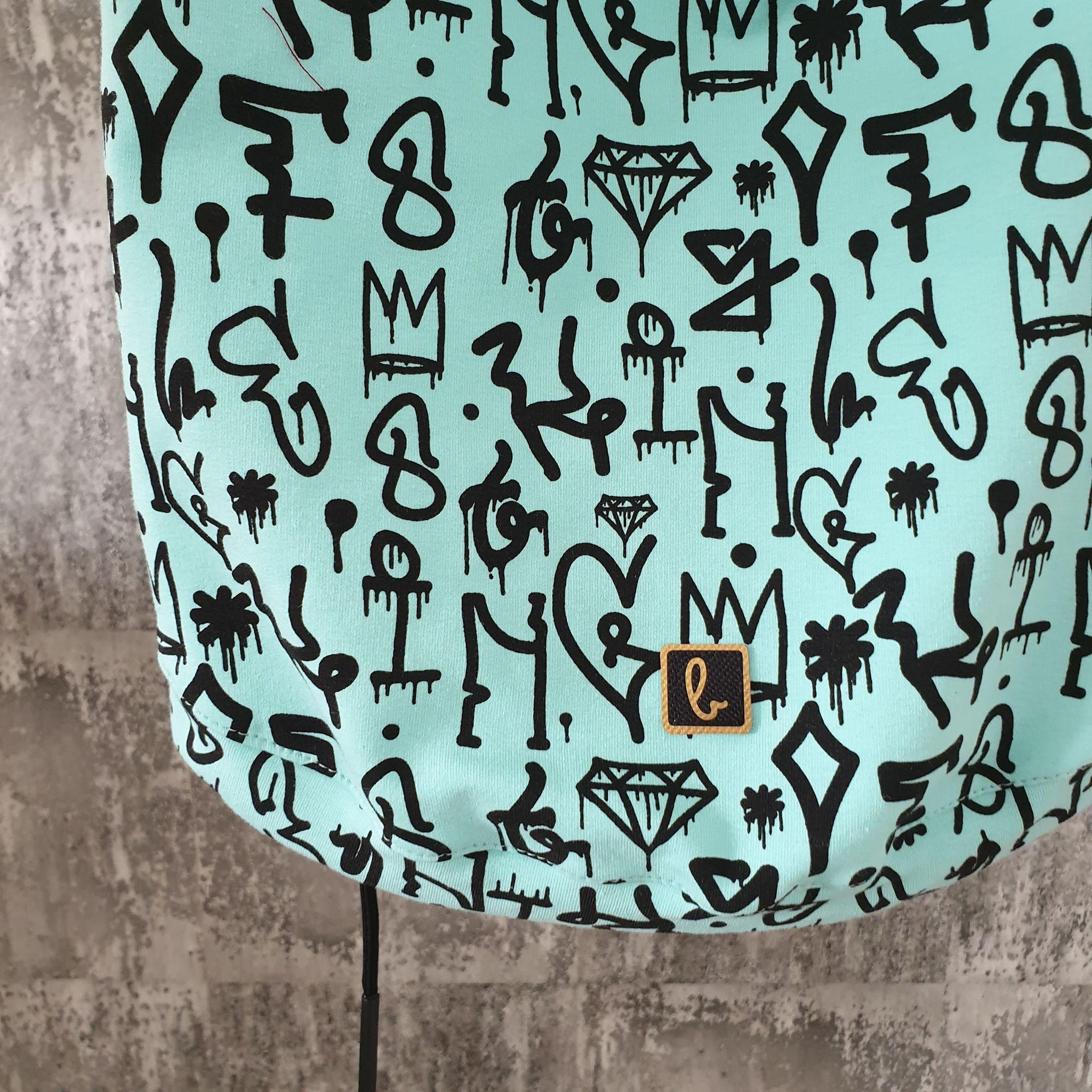 Mikinka s kapuckou graffiti - mint