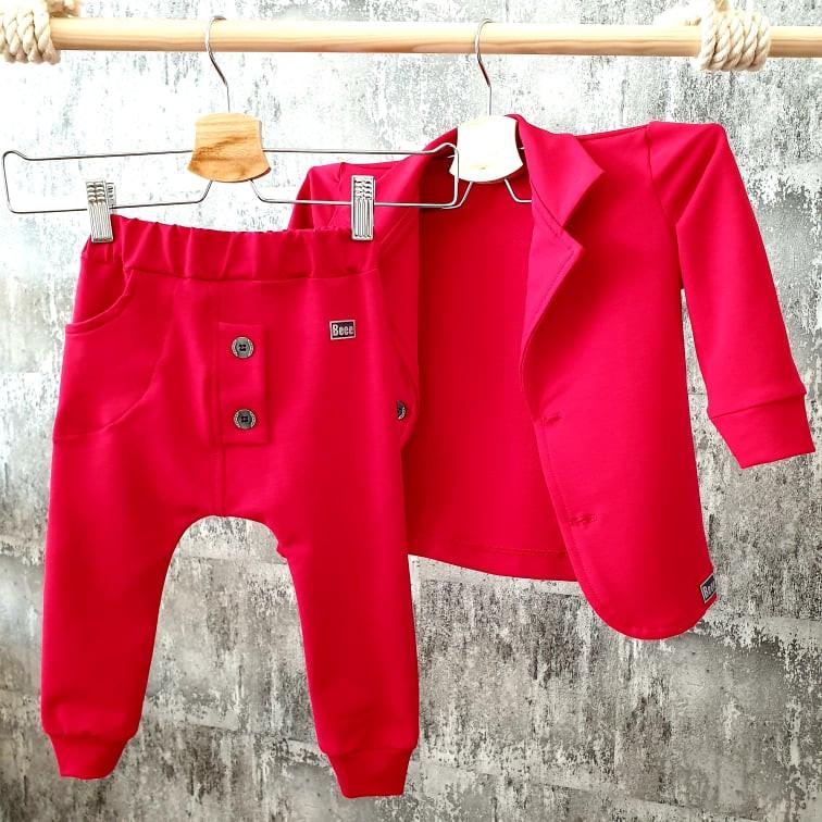 Červené pudláčiky k sačku so stojačikom
